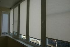 Жалюзи рулонные на балконе в Краснодаре