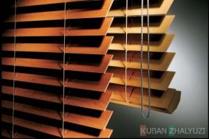 Уход за деревянными горизонтальными жалюзи