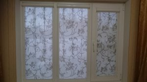 Жалюзи и рулонные шторы в Кымске