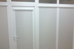 "<a href=""http://kubanzhalyuzi.ru/?page_id=61"">Рулонные шторы</a> на окнах в квартире г. Краснодара"