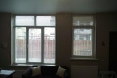 Горизонтальные жалюзи гармонично вписались в интерьер квартиры